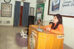 dr-fouzia-saeeds-book-launched-working-with-sharks7